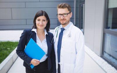Top 10 especialidades médicas mejor pagas en Colombia